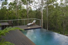 Infinity Pool Bush Setting